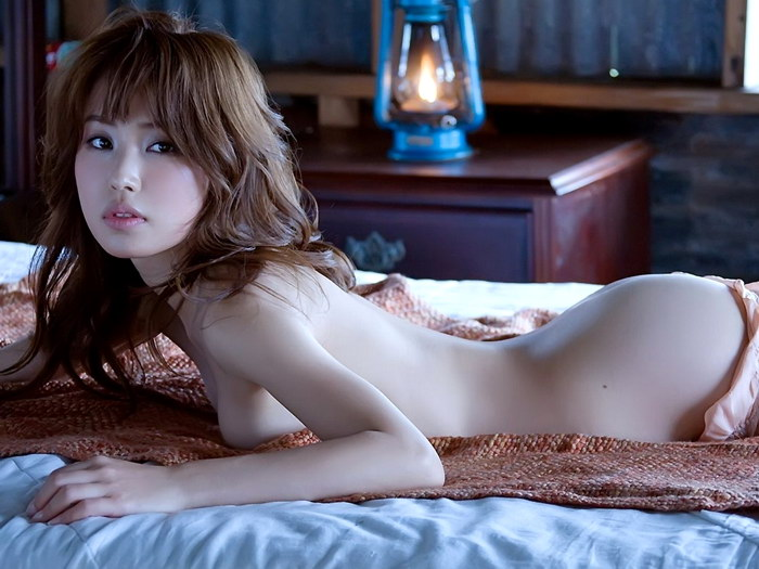 Japan girls nude — pic 13